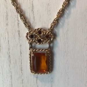 vintage Sarah Coventry Wild Honey Amber necklace